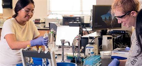 Fort Lewis College Biochemistry program receives national accreditation